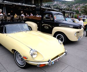 BOSNIA AND HERZEGOVINA SARAJEVO OLD TIMER CARS SHOW