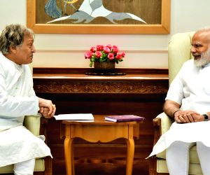 Amjad Ali Khan calls on Modi