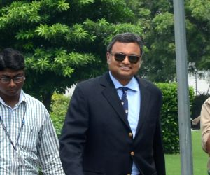 SC allows Karti to travel abroad after depositing Rs 2 crore