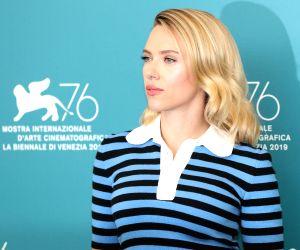 Scarlett Johansson, Chris Evans in 'Little Shop Of Horrors'?