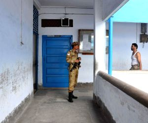 Security personnel ahead of 9th phase of 2014 Lok Sabha Elections