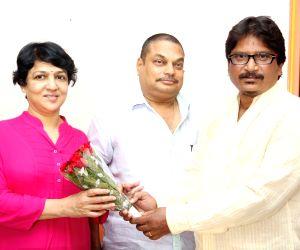 launch of a new website 'Moviemanthra.com'