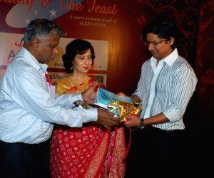 Shaan at Alert India and Instiuti Callegari Chartity Dinner at Leela Hotel.