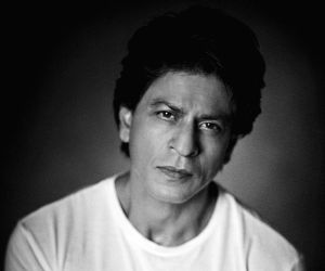Shah Rukh Khan shares black and white picture on Eid, fans say 'mil gaya Eidi'