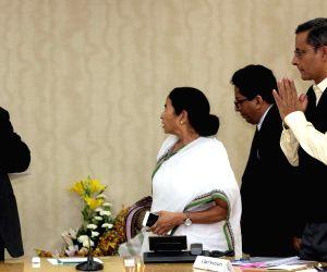 Bangladesh President arrives  in Shantiniketan