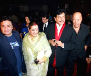 Shatrughan Sinha's son Luv launches with movie Sadiyan at The Club.