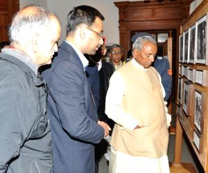 Himachal Governor visits IIAS