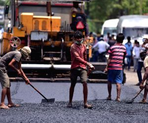 Road construction in Maoist-affected areas 'abysymally slow'