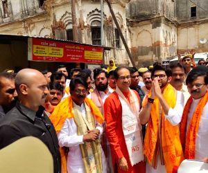 Shiv Sena President Uddhav Thackeray, party leader Sanjay Raut and Yuva Sena President Aditya Thackeray receive a warm welcome on their arrival in Uttar Pradesh's Ayodhya, on June 16, 2019.