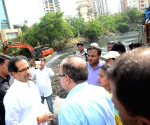 BMC's clean drains ahead of monsoon session