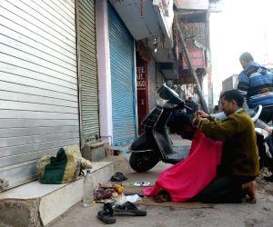 Sadar Bazar traders strike