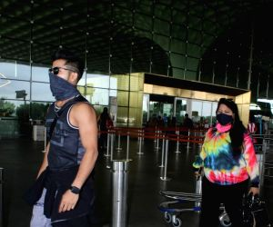 Siddharth Nigam Spotted at Airport Departure