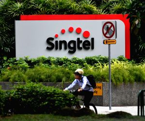 SINGAPORE SINGTEL NET PROFIT INCREASE
