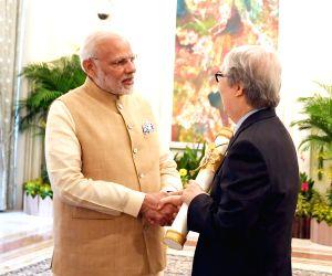 Modi hands over Padma Shri to ex-Singapore diplomat