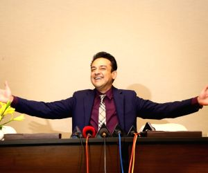 My father's words made me lose weight: Adnan Sami ()