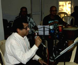 Amit Kumar rehearsal for music concert