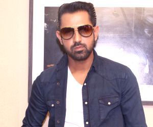 Gippy Grewal Confirms Manje Bistre 3 And Its Release Date