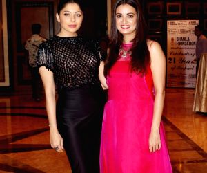 """Launch of """"Beat Plastic Pollution"""" campaign - Kanika Kapoor and Dia Mirza"""