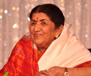 Lata Mangeshkar recalls close family ties with Veer Savarkar