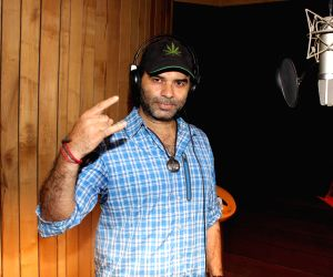 Mohit Chauhan recording song for film Once Upon A Time In Bihar