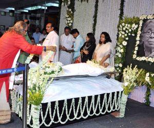 Mahasweta Devi's last rites