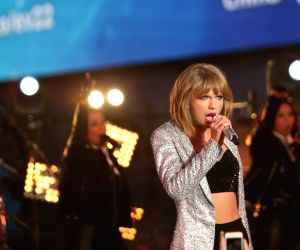 Taylor Swift sued over gaming app title