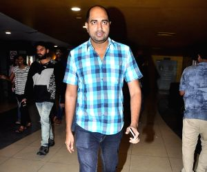 : (281115) Hyderabad: Size Zero Movie Premiere show