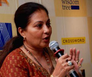 Smita Jaykar at Road to Shirdi Book Launch at Crossword at Bandra.