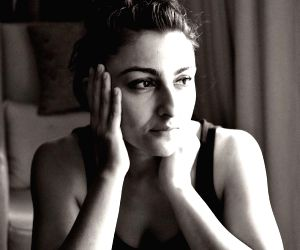 Soha Ali Khan shares various 'shades of lockdown'