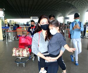 Soha Ali Khan with daughter Inaaya Naumi Kemmu spotted at Airport departure on saturday 27th february, 2021.