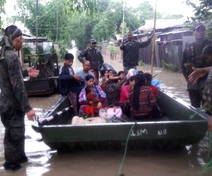 Manipur CM visits flood affected areas