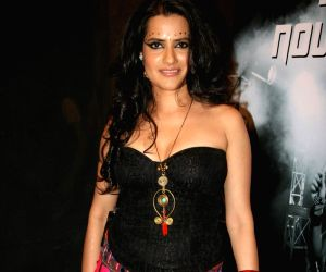 Sona Mohapatra's reply to Anu Malik's open letter: go to sex-rehab
