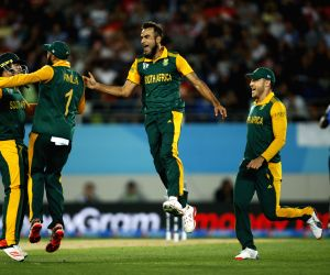 South Africa beat Afghanistan by 9-wickets