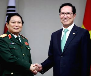 S. Korean, Vietnamese defense chiefs