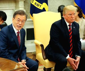 N.Korea threatens to walk away from US summit