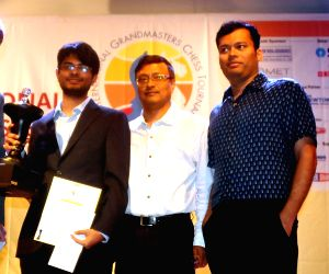 Narayanan becomes champion of Kolkata Open chess meet