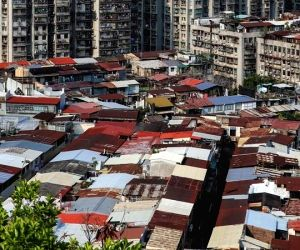 Covid-19: Dharavi's dramatic return from the brink