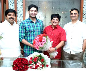 Hero Haveesh celebrated his Birthday - stills