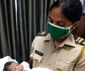Railway staff help deliver baby girl on I-day