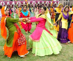 students-celebrate-the-teej-festival-in-amritsar