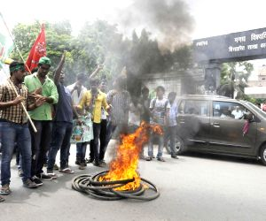 Students protest against the police lathicharge