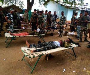 Jawans injured in an encounter with naxals