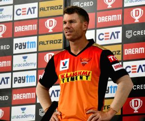 Stranded Warner gets emotional message from his daughters