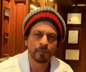 Free Photo: COVID-19: SRK urges fans to stay indoors in new video