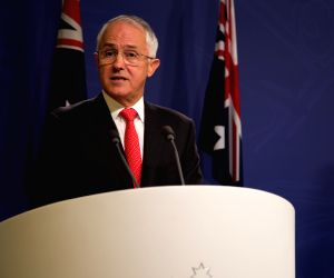 AUSTRALIA-SYDNEY-SINGAPORE-DEFENCE AND ECONOMIC TIES
