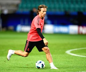 Modric rubbishes Inter Milan move talk