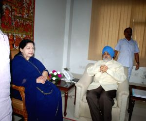 Tamil Nadu Chief Minister J Jayalalitha meeting Deputy Chairman,Planning Commission Montek Singh Ahluwalia