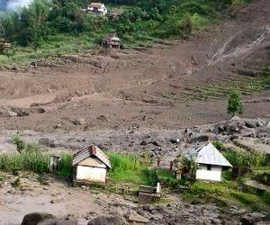 NEPAL TAPLEJUNG LANDSLIDE