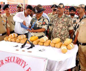 Tarn Taran: BSF recovers heroin, arms and ammunition in Punjab
