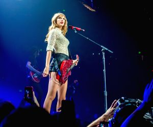Taylor Swift slams 'toxic male privilege'